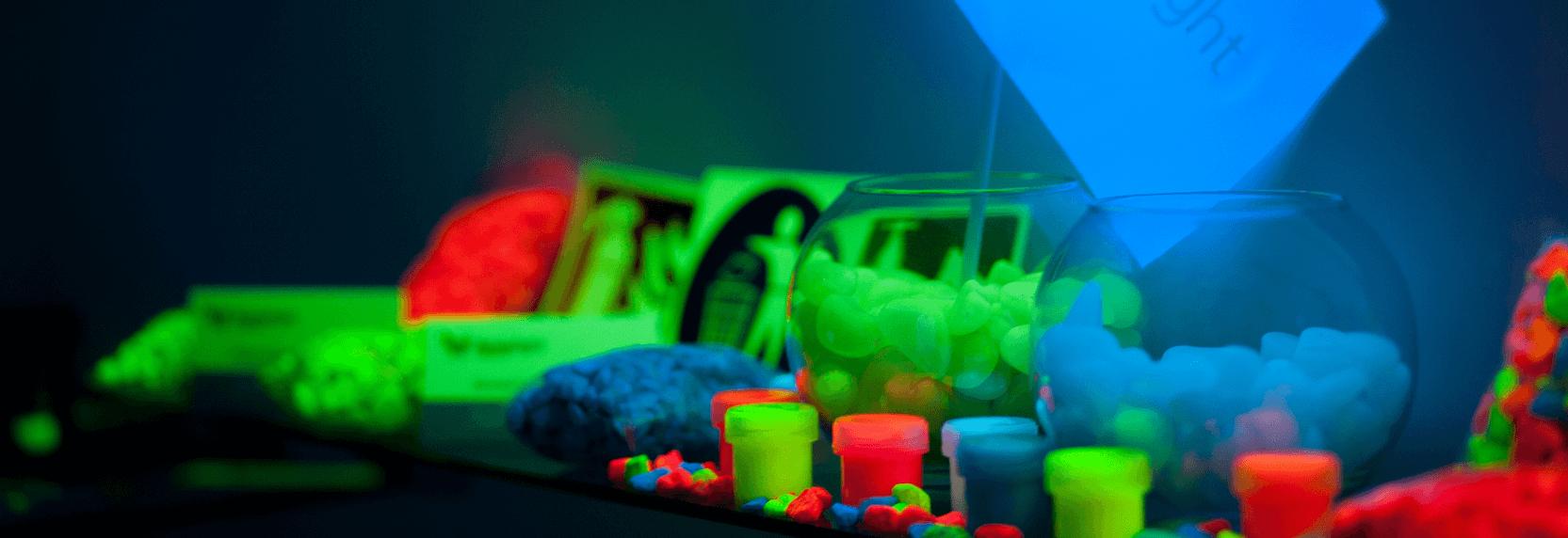 Секрет свечения окрашенных поверхностей